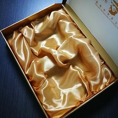 綢緞布包珍珠棉1